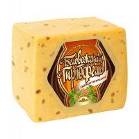 """Сыр """"Беловежский трюфель"""" с пажитником и ароматом грецкого ореха 40%"""